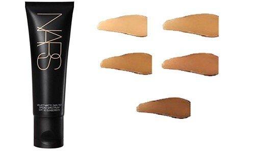 Beauty product eye cosmetics