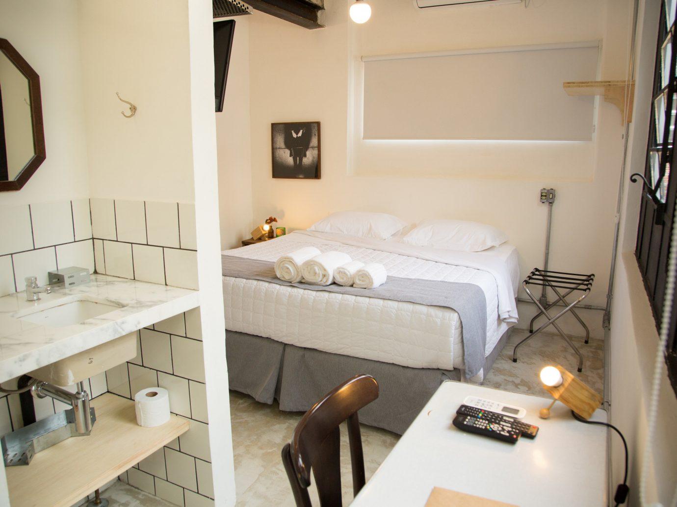 Hotels indoor wall floor bathroom room sink furniture interior design Suite bed