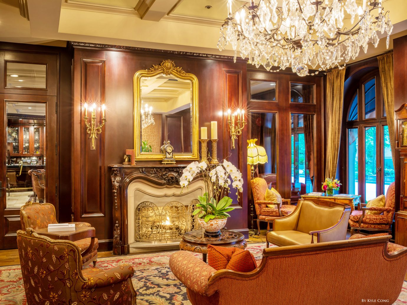 Hotels indoor room window living room property estate Lobby Living home mansion ceiling interior design dining room Suite palace furniture