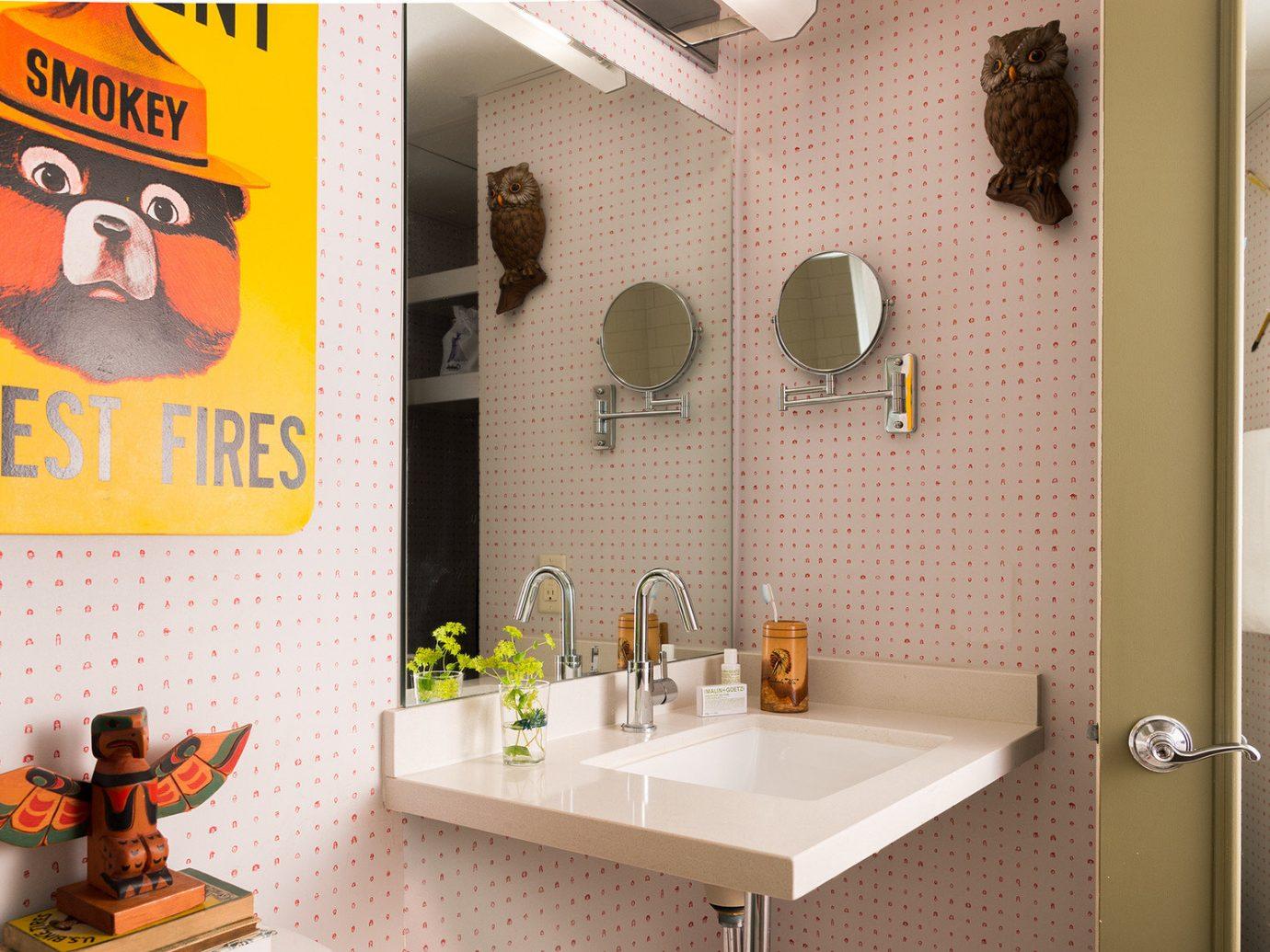 artistic artsy bathroom Boutique charming cozy Hip homey interior sink trendy Trip Ideas wall indoor room property home interior design Design