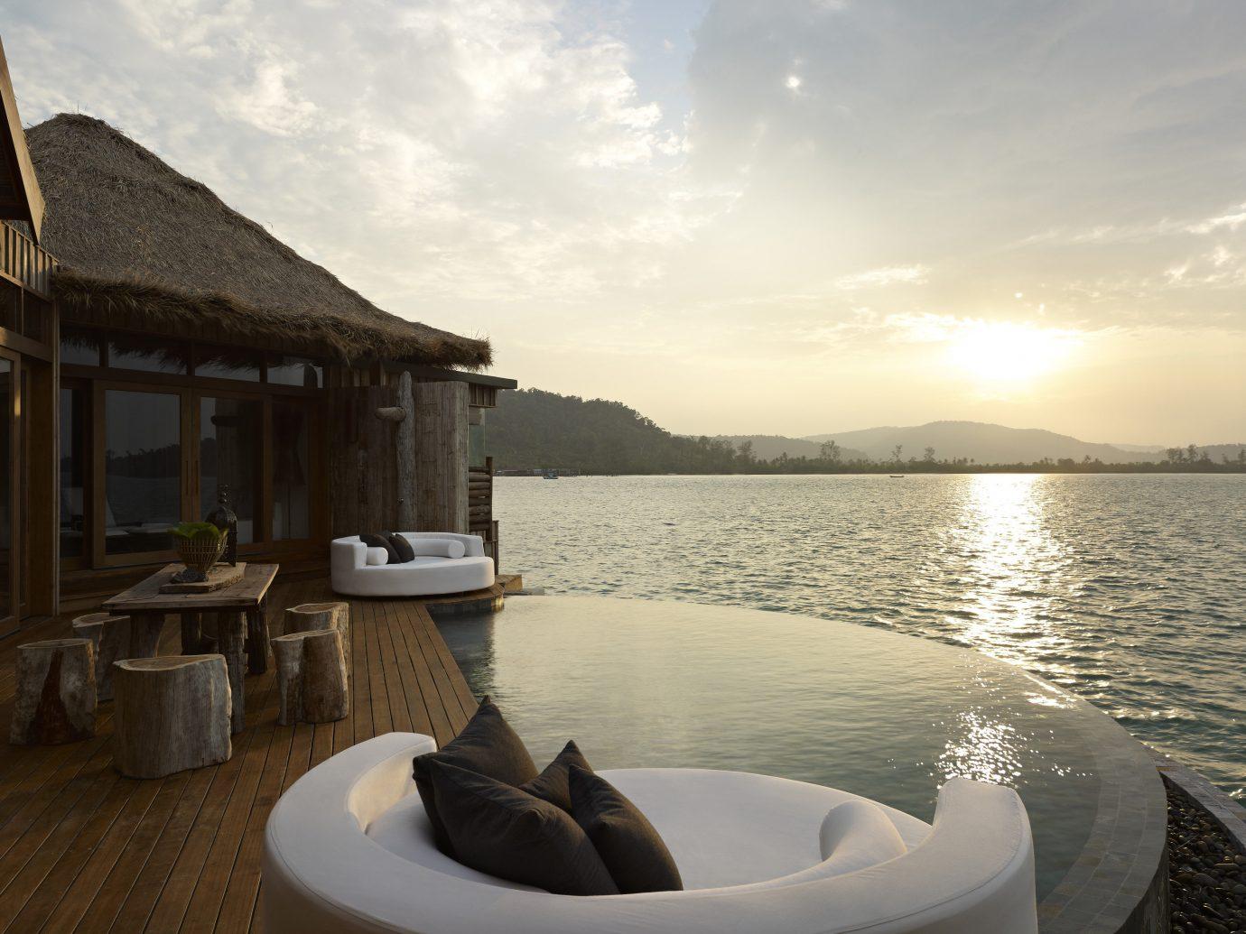 Hotels sky outdoor water vehicle Sea vacation Boat bay