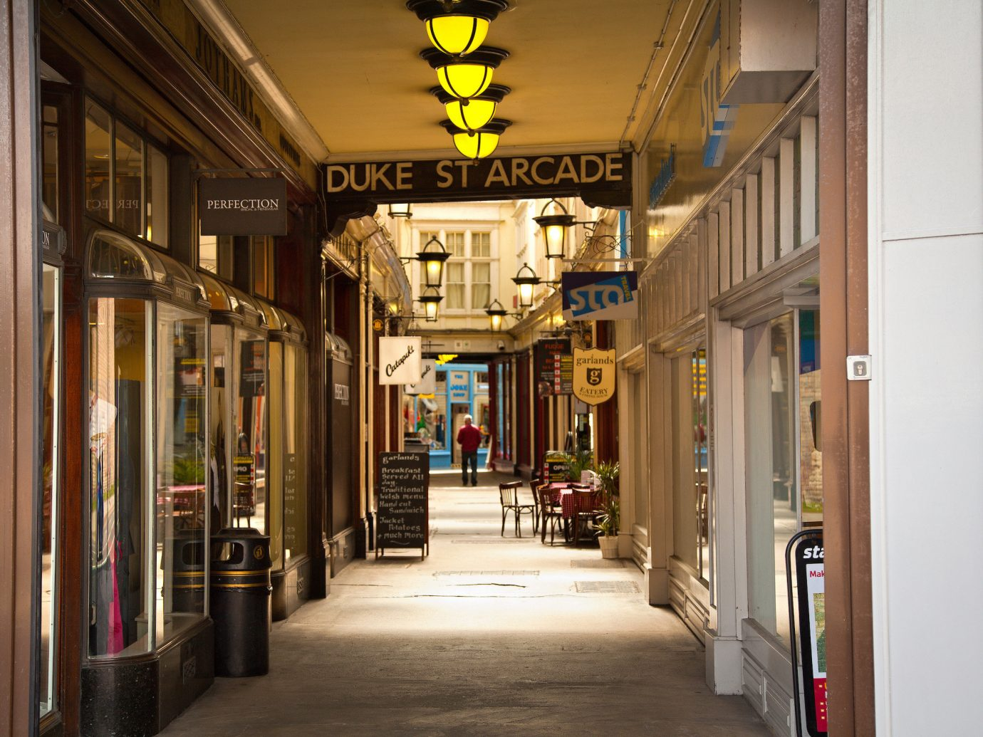 Jetsetter Guides building road urban area neighbourhood street Architecture store arcade hall interior design alley way sidewalk
