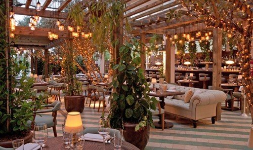 Travel Tips Resort Lobby estate furniture restaurant floristry Dining outdoor structure area several