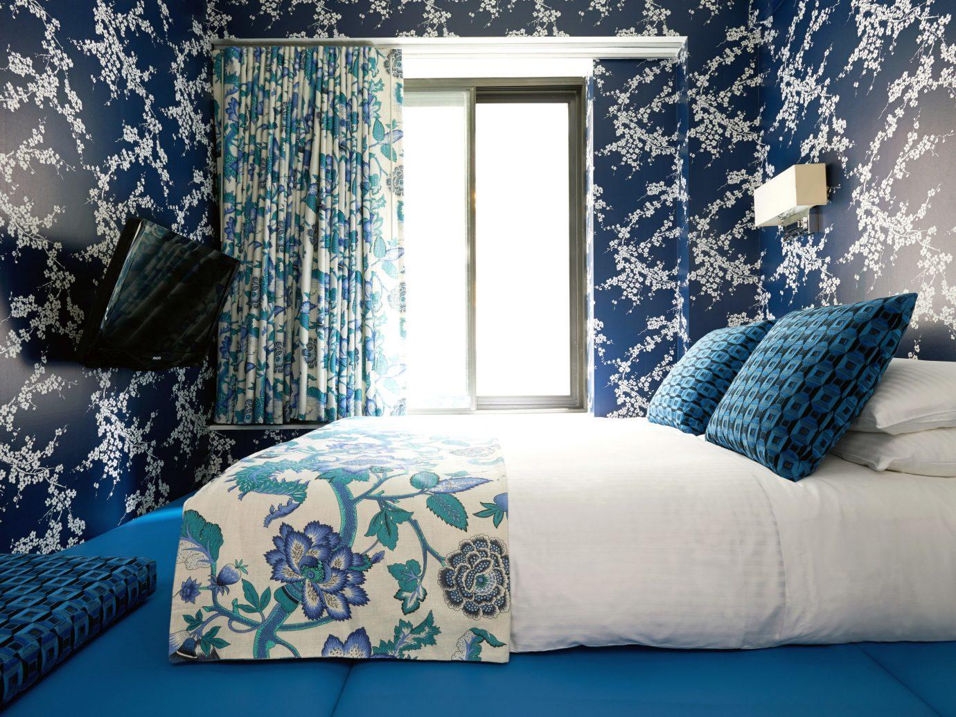 Budget sofa indoor blue room window pillow bed sheet furniture interior design living room textile wallpaper Bedroom Design bedclothes decorated colored