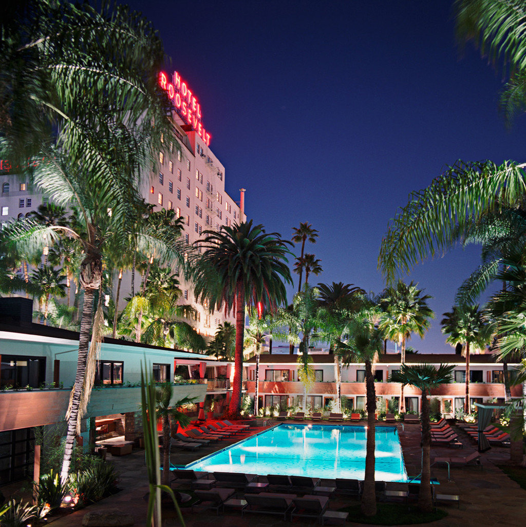 Hotels tree outdoor Resort swimming pool palm light arecales vacation amusement park tropics palm family night lined