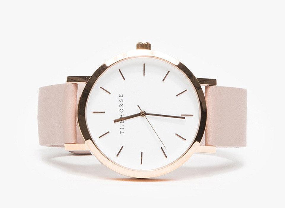 Style + Design indoor watch hand mineral strap clock