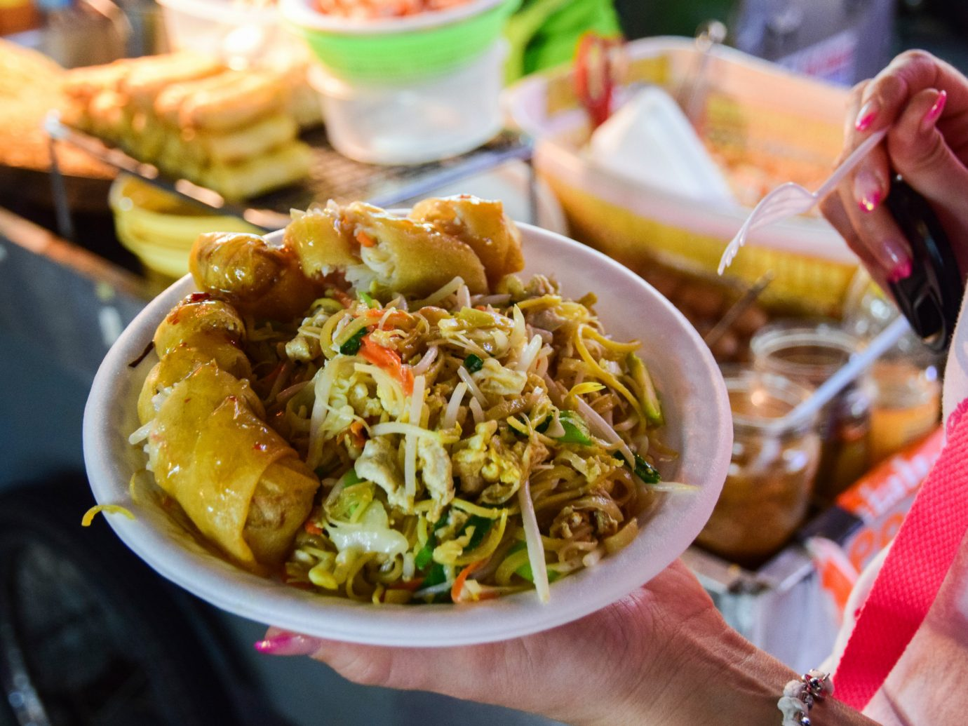 Jetsetter Guides person food dish meal cuisine asian food thai food street food sense chinese food lunch southeast asian food