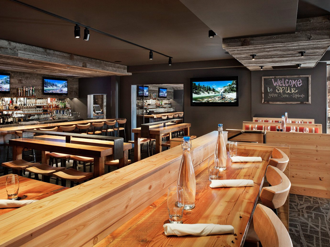 Bar Dining Drink Eat Eco Lodge Mountains Outdoor Activities Scenic views Ski indoor ceiling room recreation room restaurant interior design wood home wooden estate meal furniture