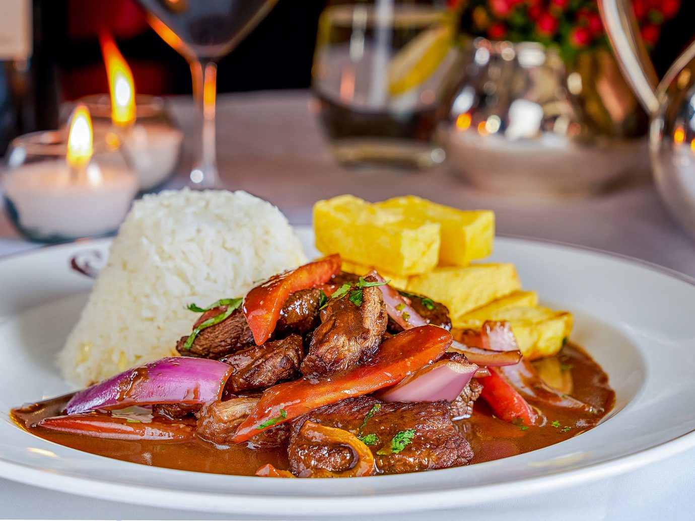 Hotels Romance plate food table dish cuisine meal Seafood costa rican cuisine peruvian food thai food full breakfast brunch dinner meat stew curry piece de resistance