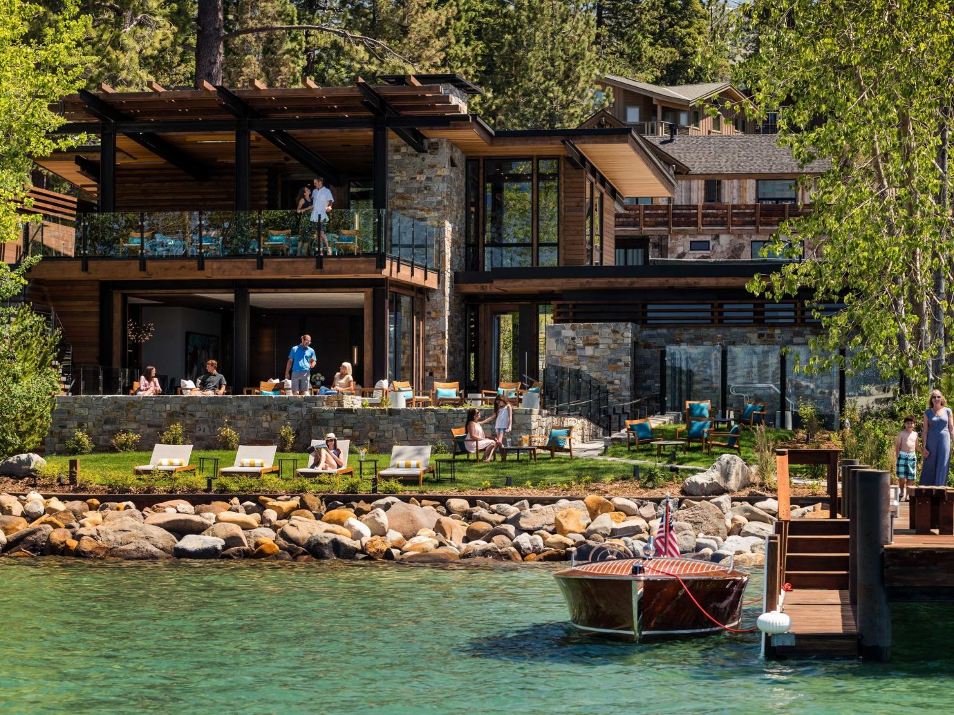 Lake Club water cottage tree house reflection home plant real estate leisure Villa outdoor structure landscape estate log cabin boathouse Resort
