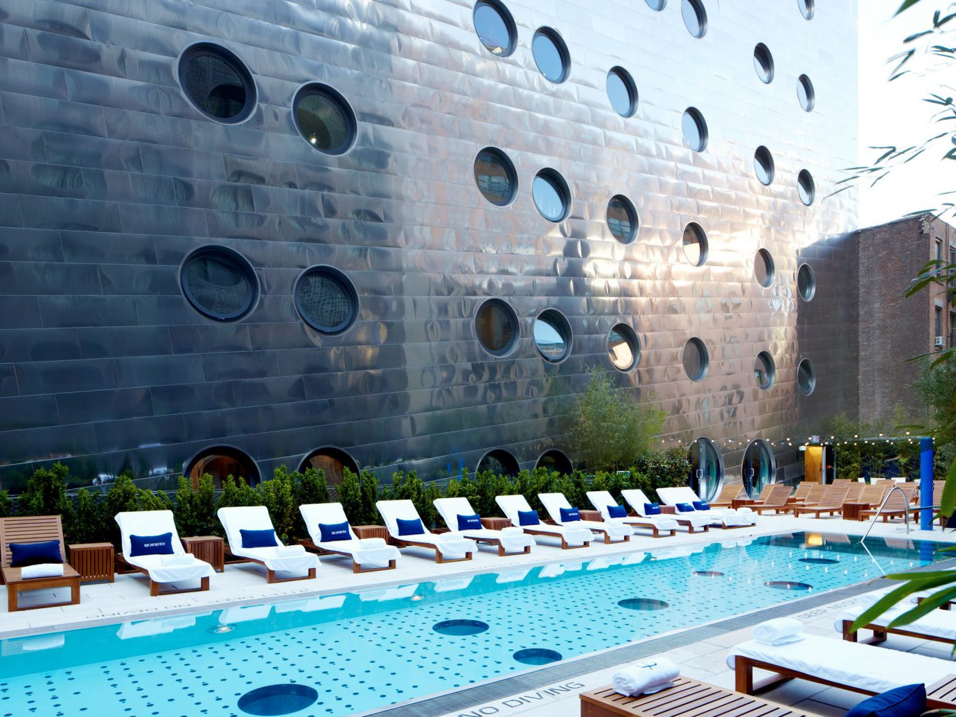 Design Hip Modern Offbeat Patio Pool Rooftop leisure swimming pool convention center Resort