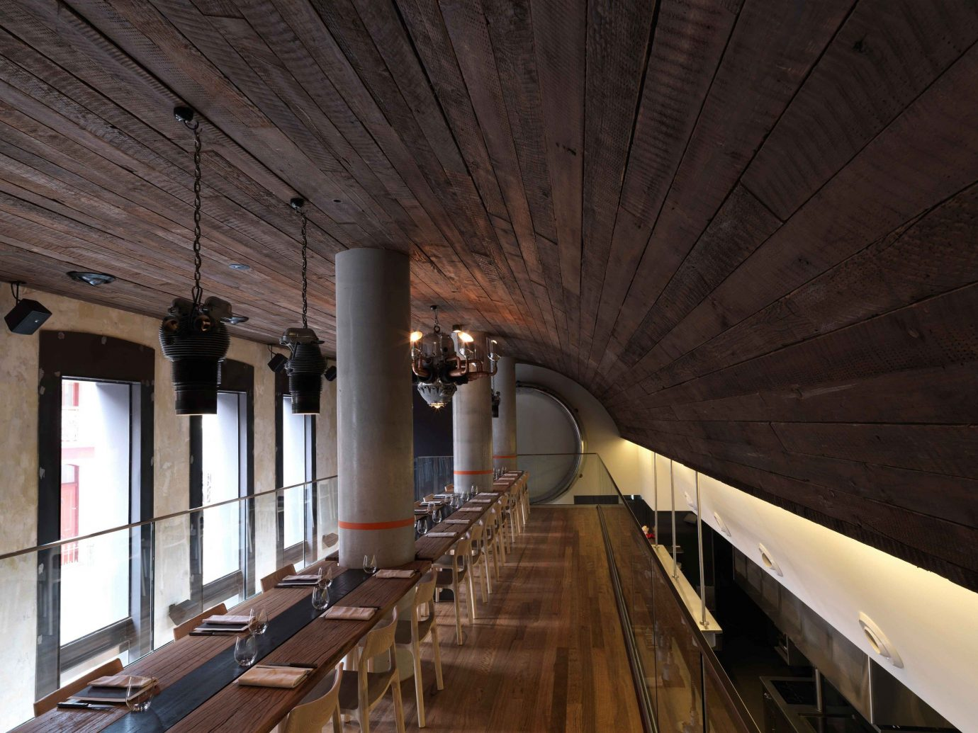 Food + Drink indoor building room Architecture ceiling wood interior design lighting estate platform hall tourist attraction subway