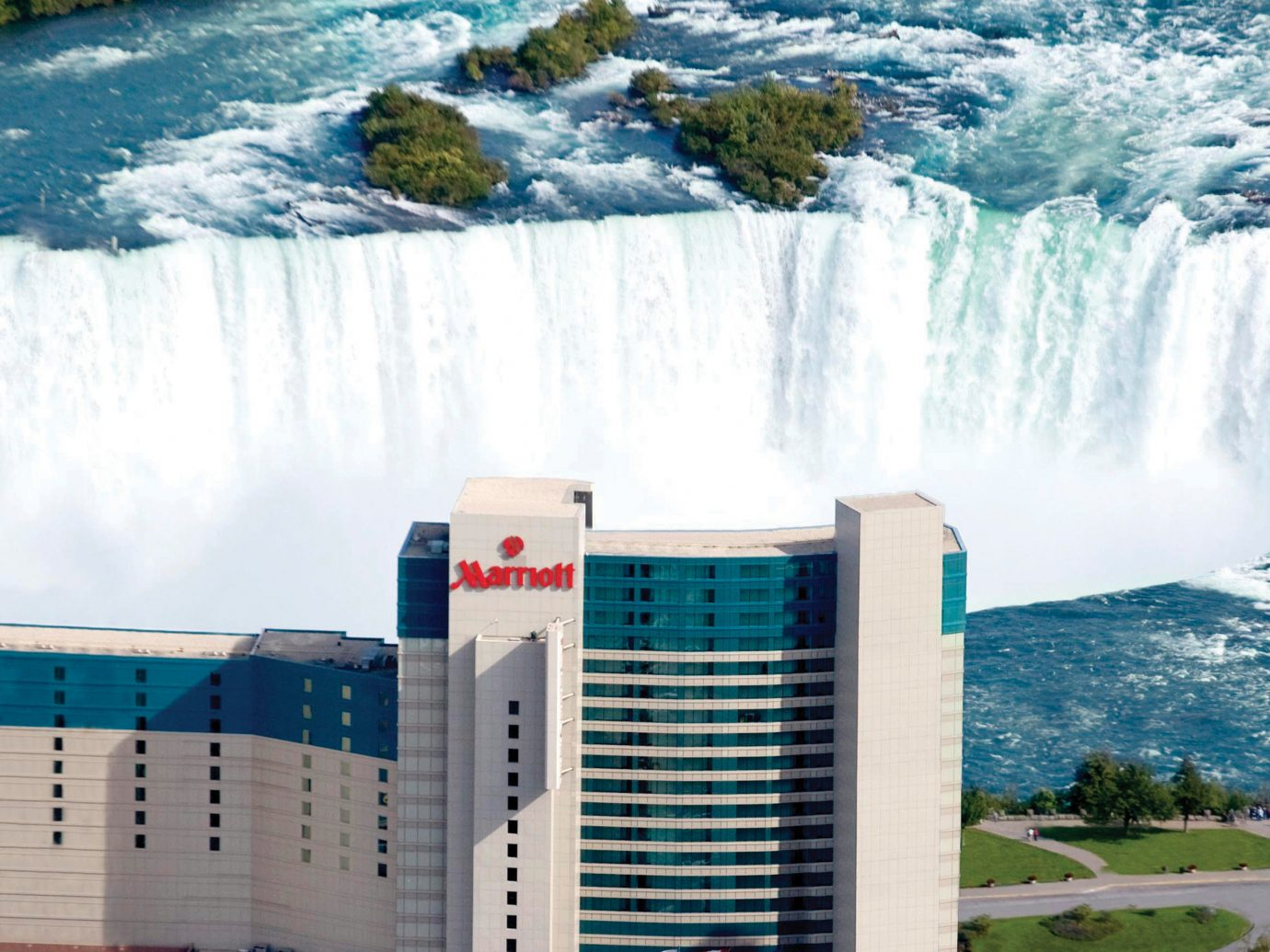 Hotels outdoor water water resources water feature City real estate sky condominium corporate headquarters energy