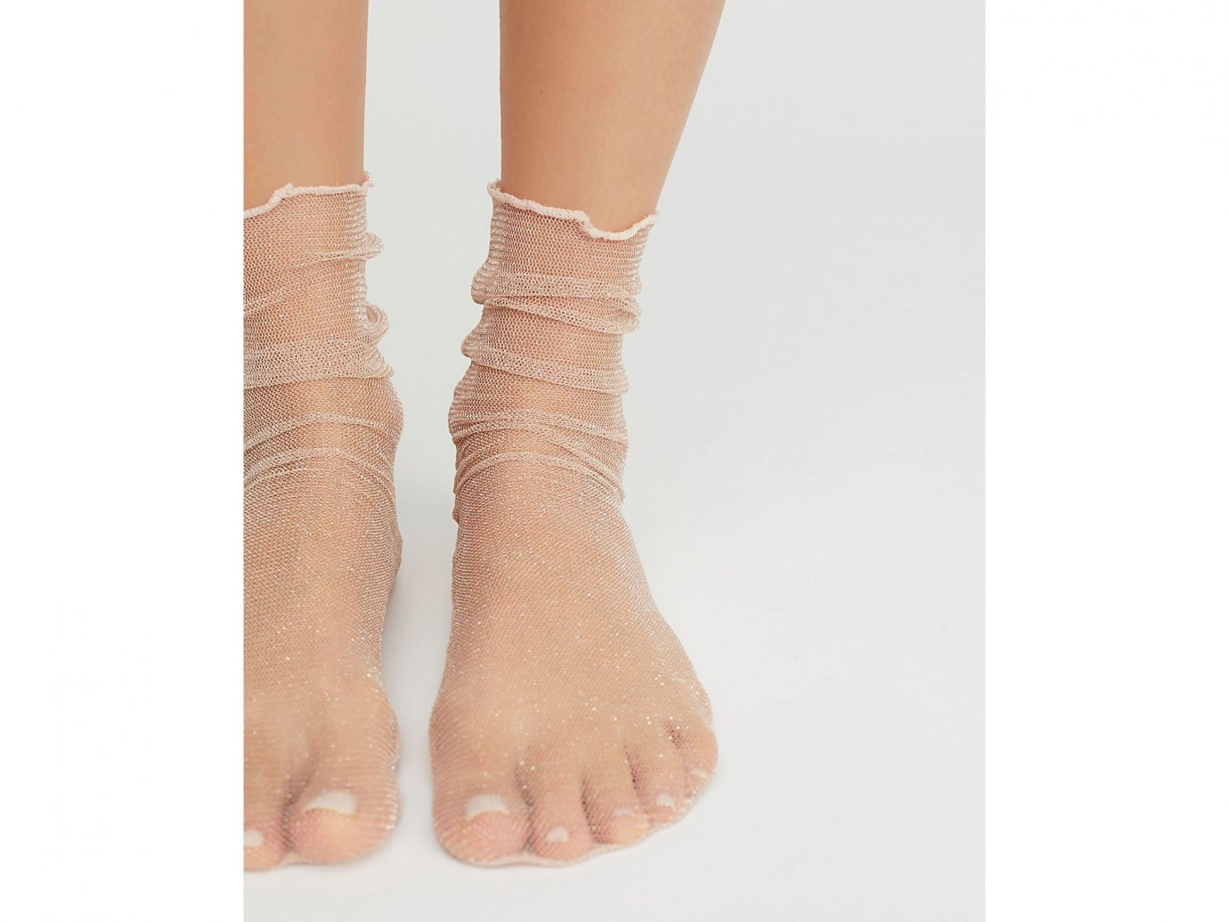 Travel Shop Travel Trends joint human leg ankle leg foot bandage arm hand toe finger barefoot shoe beige accessory