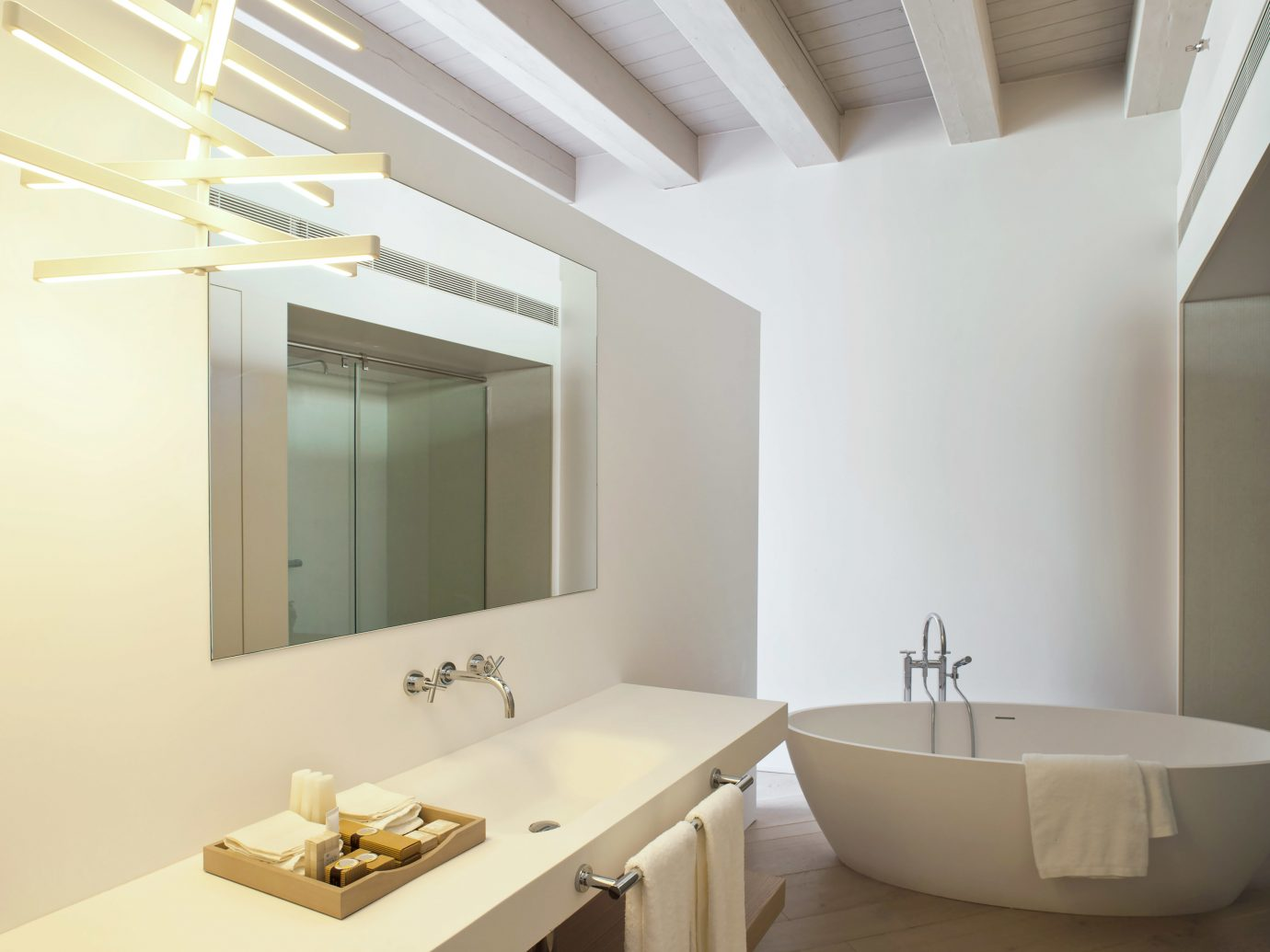 Barcelona Bath Boutique City Hip Hotels Luxury Modern Spain wall bathroom indoor room mirror property sink floor white interior design home Design daylighting ceiling bathtub apartment tan