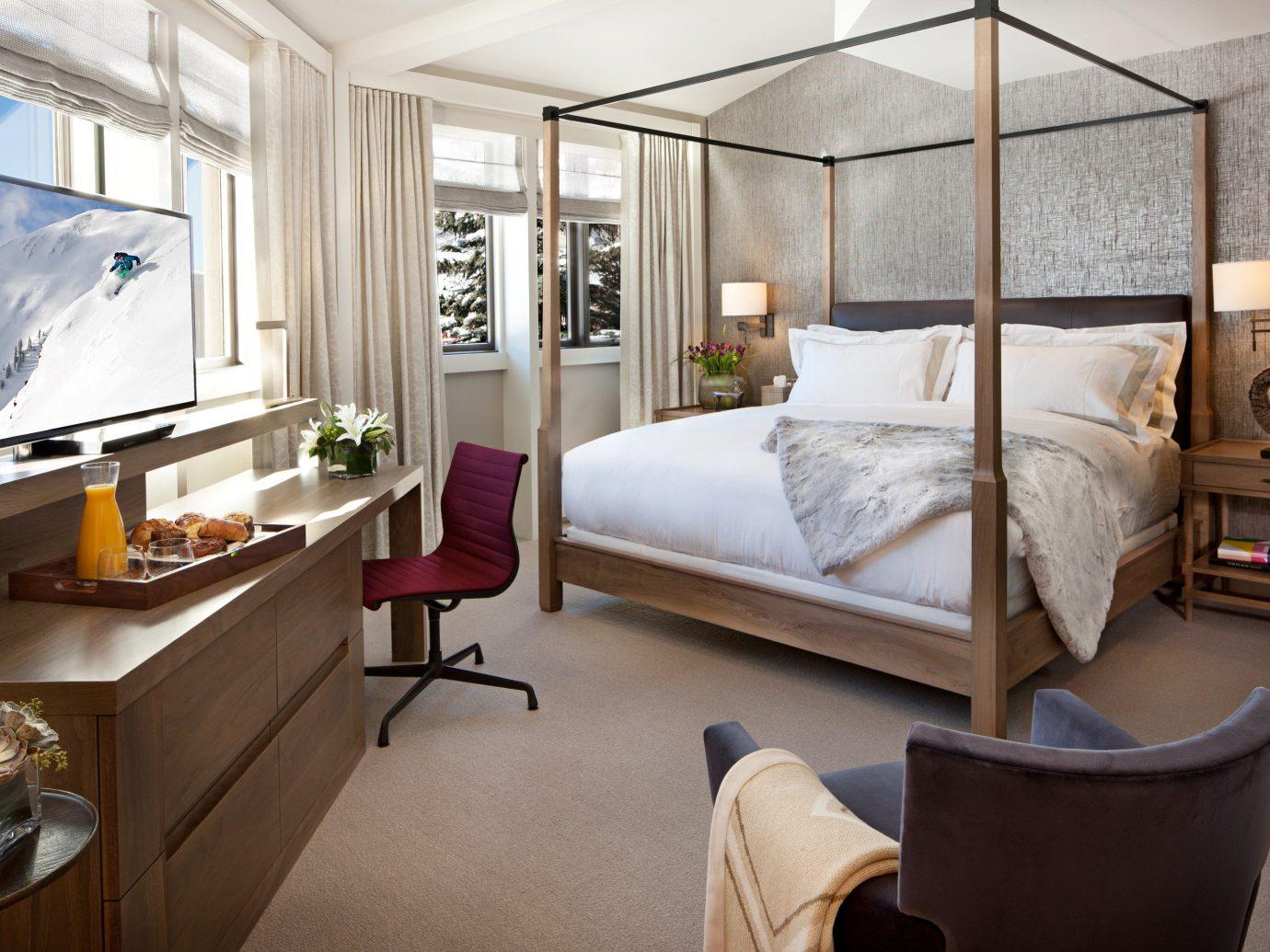 Bedroom Celebs Hotels Modern Scenic views Trip Ideas indoor floor wall room window property living room home estate Suite interior design real estate cottage Design condominium apartment furniture
