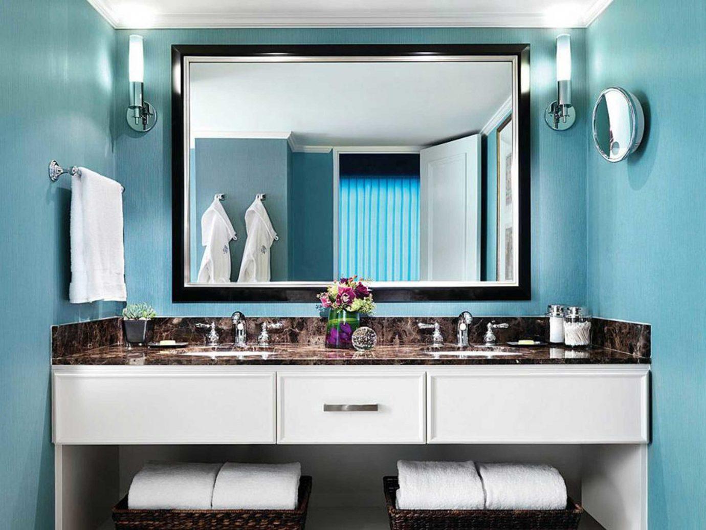 Bath Classic Hotels Living Luxury Resort indoor bathroom wall room mirror property sink Kitchen home cabinetry interior design estate Design living room