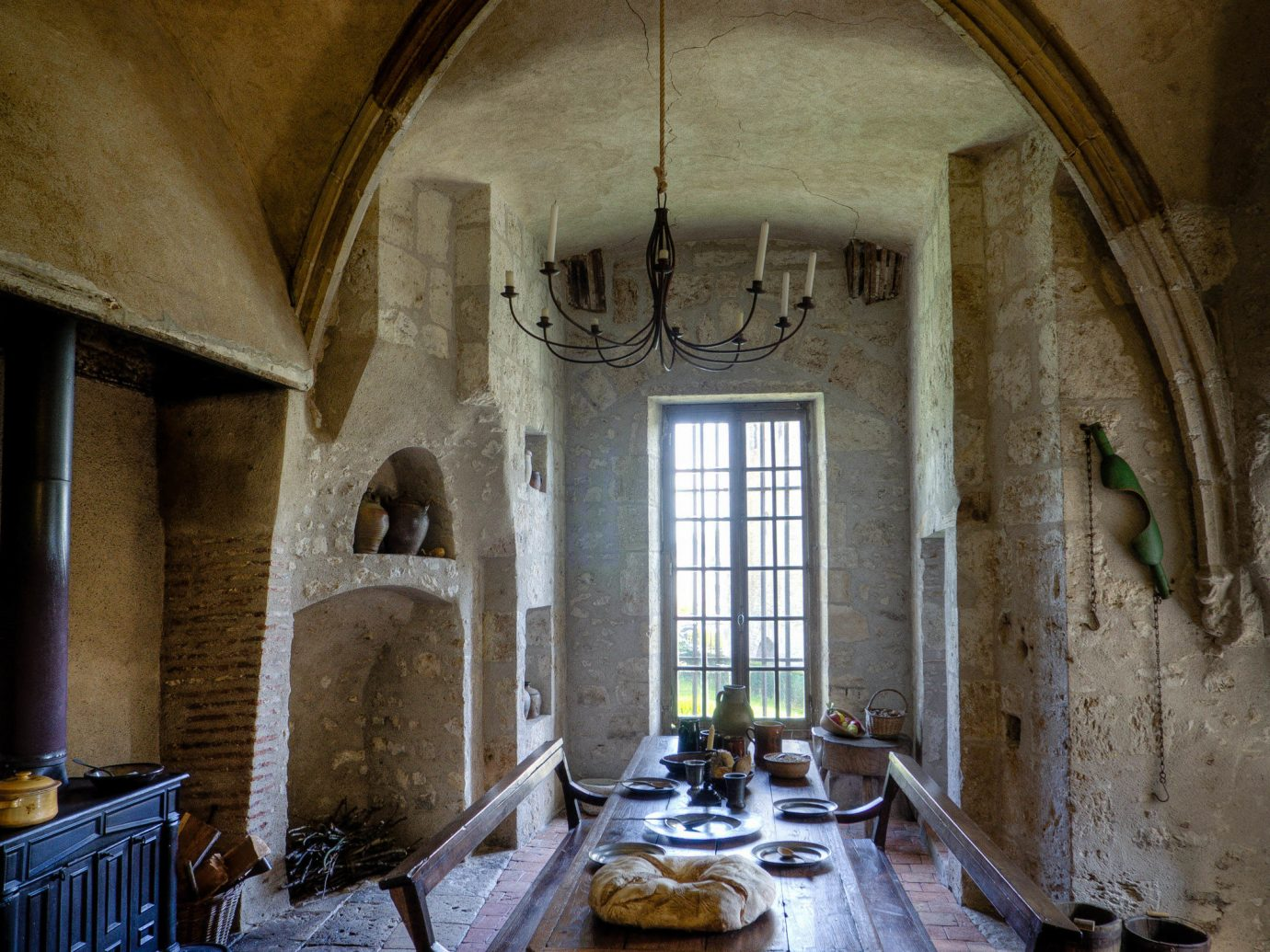Budget indoor wall building stone room Architecture estate house ancient history Church interior design chapel arch place of worship old mansion history ceiling furniture