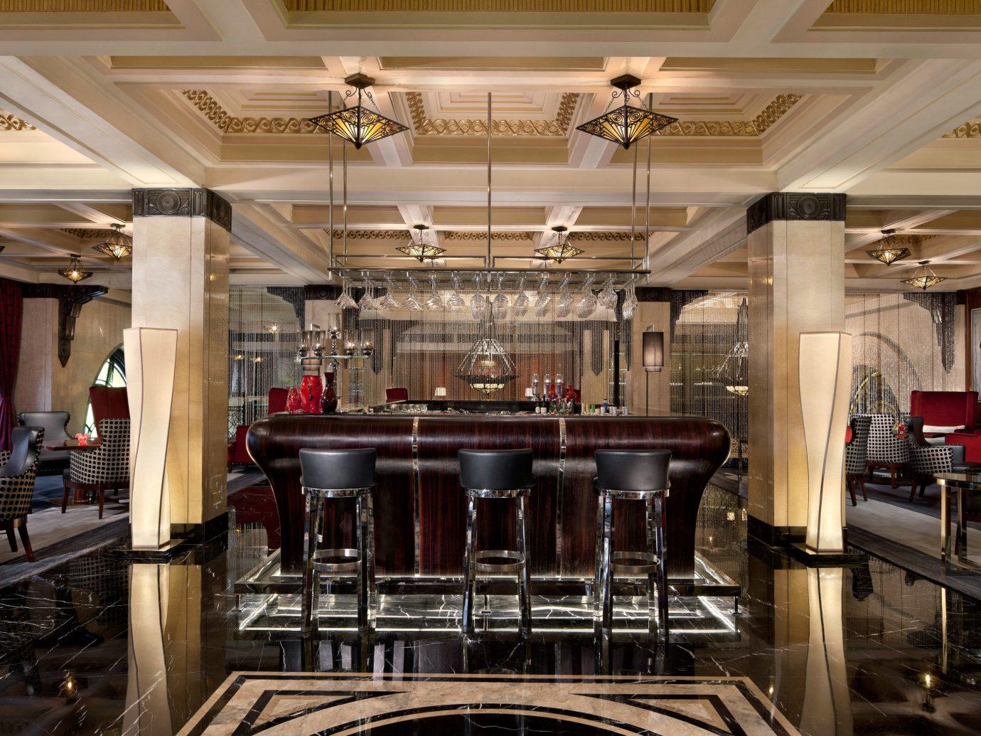 Bar Dining Drink Eat Elegant Hotels Luxury indoor ceiling table Kitchen Lobby function hall meal restaurant interior design ballroom convention center auditorium area steel several dining room