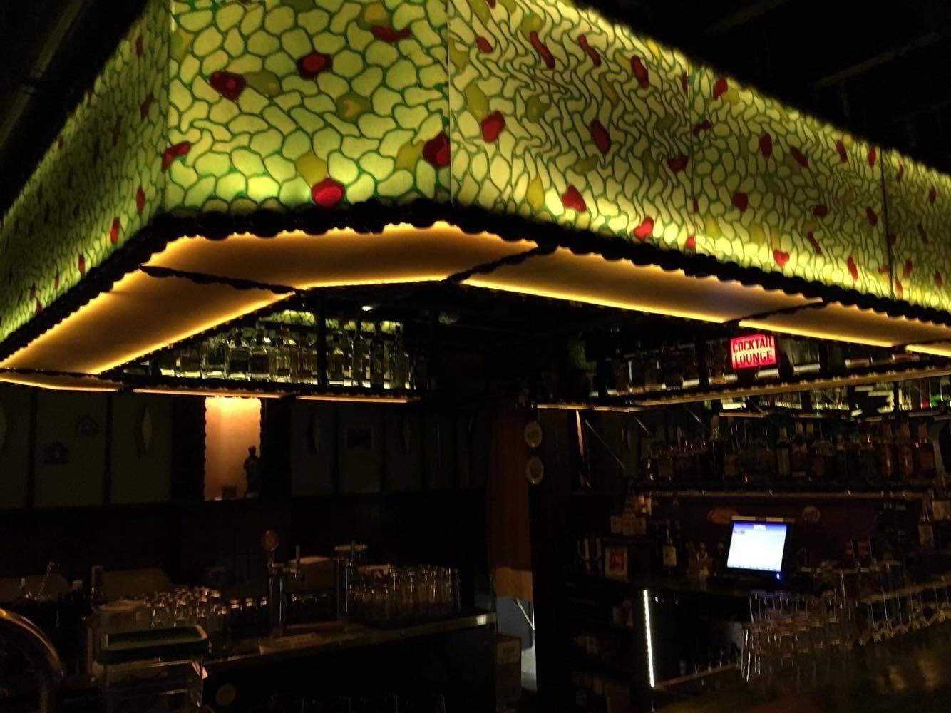 Food + Drink Style + Design Trip Ideas Weekend Getaways indoor night lighting darkness restaurant