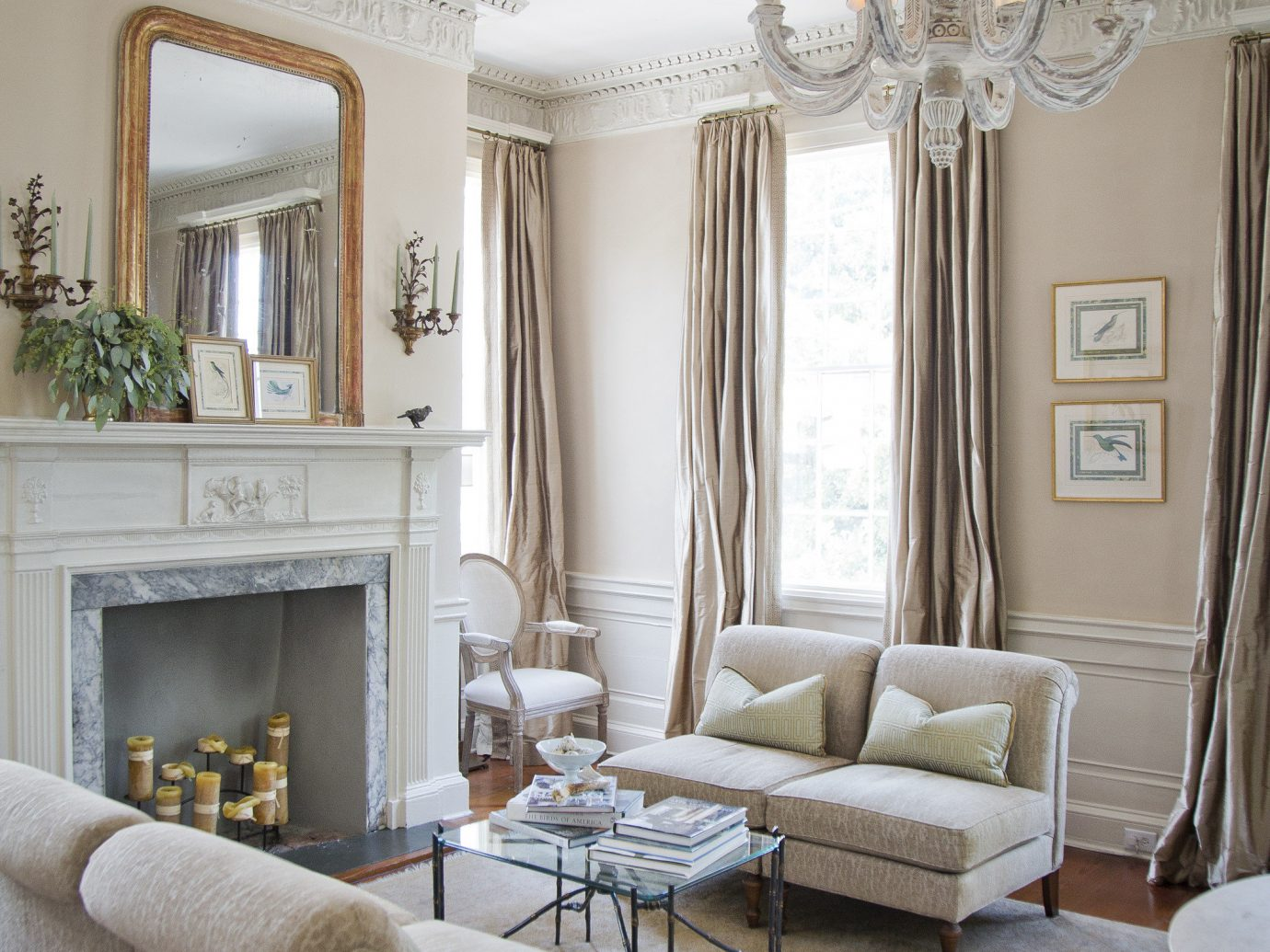 Living room at Zero George Street