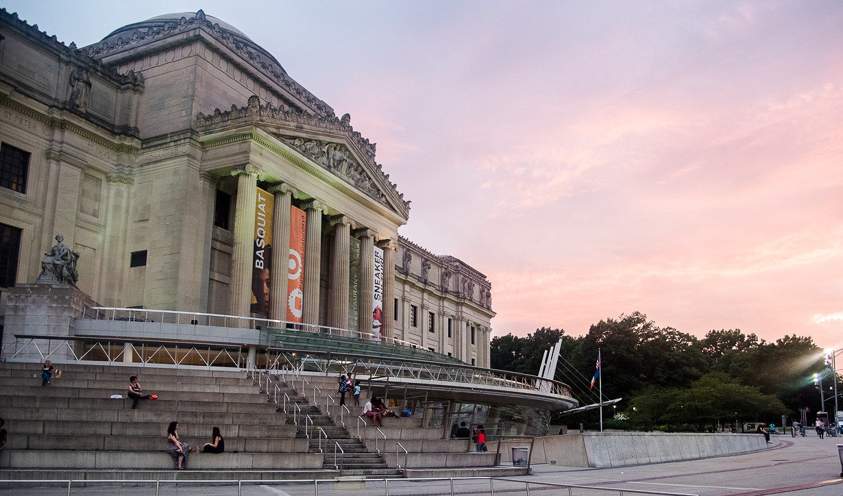 Brooklyn Museum during sunset