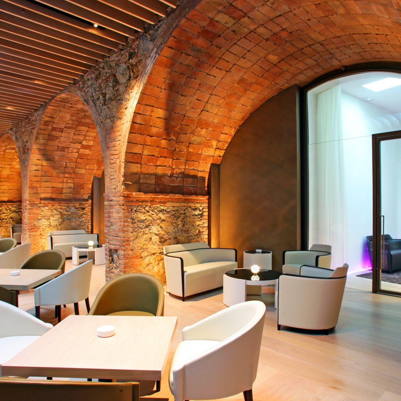 Bar Barcelona Dining Drink Eat Hotels Lounge Modern Spain chair building Architecture Lobby home Suite living room Resort Villa restaurant hacienda