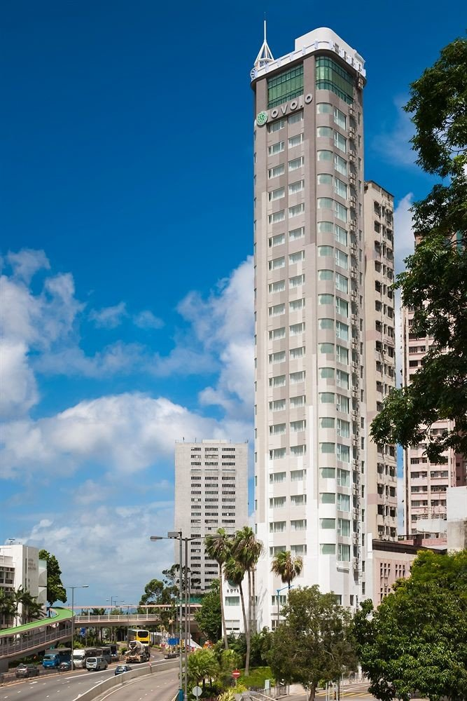 sky tower block metropolitan area tower landmark skyscraper building City Architecture Downtown neighbourhood tall residential area cityscape metropolis skyline apartment building day