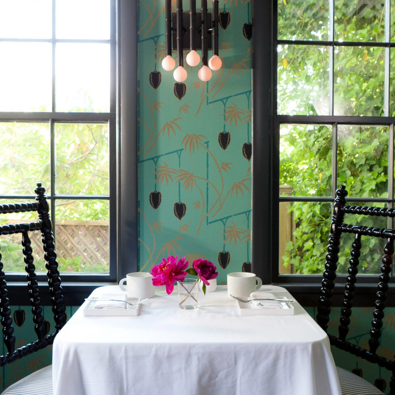 B&B Boutique Dining Eat Hip green home ceremony textile restaurant