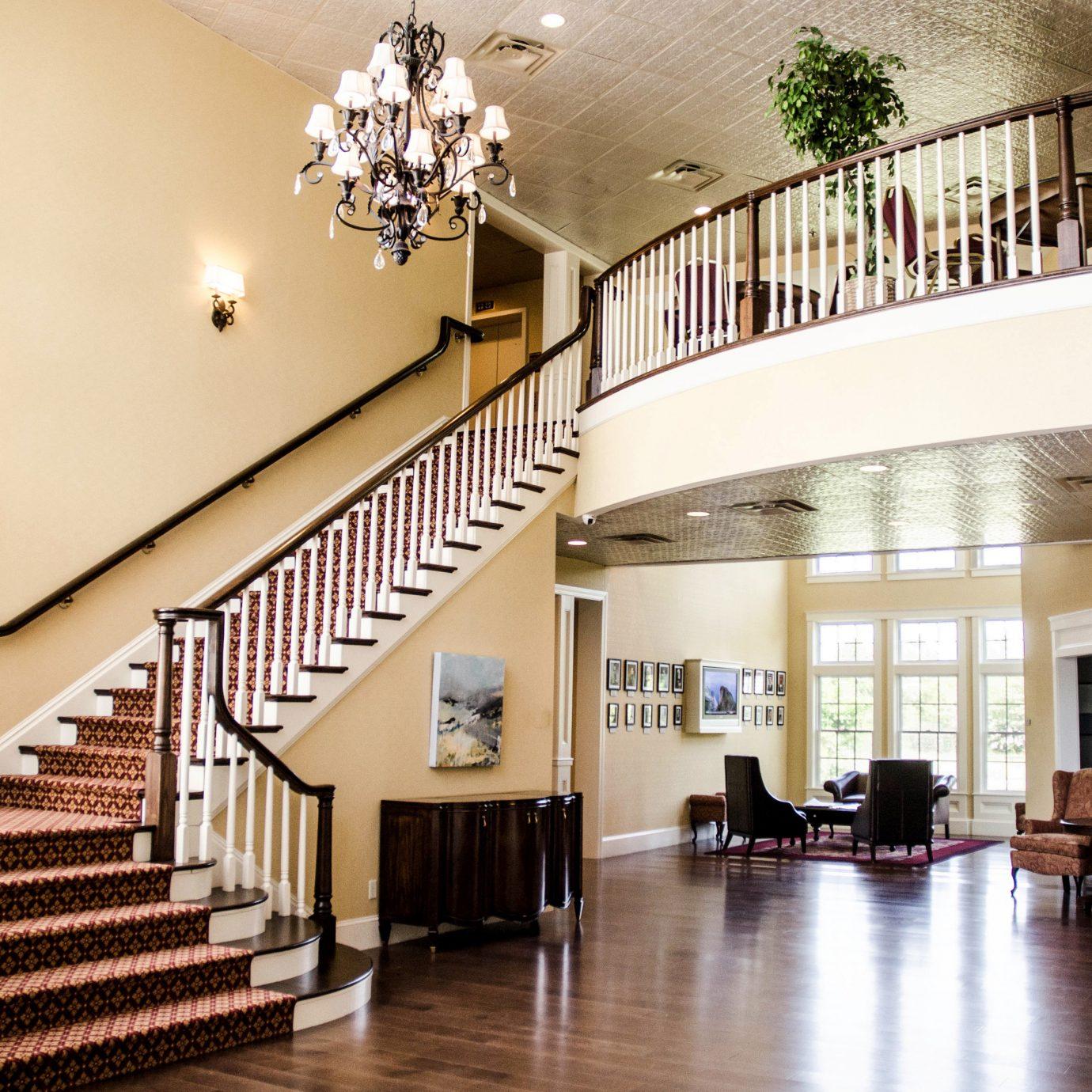 B&B Boutique Historic Lobby Romantic property hall condominium stairs
