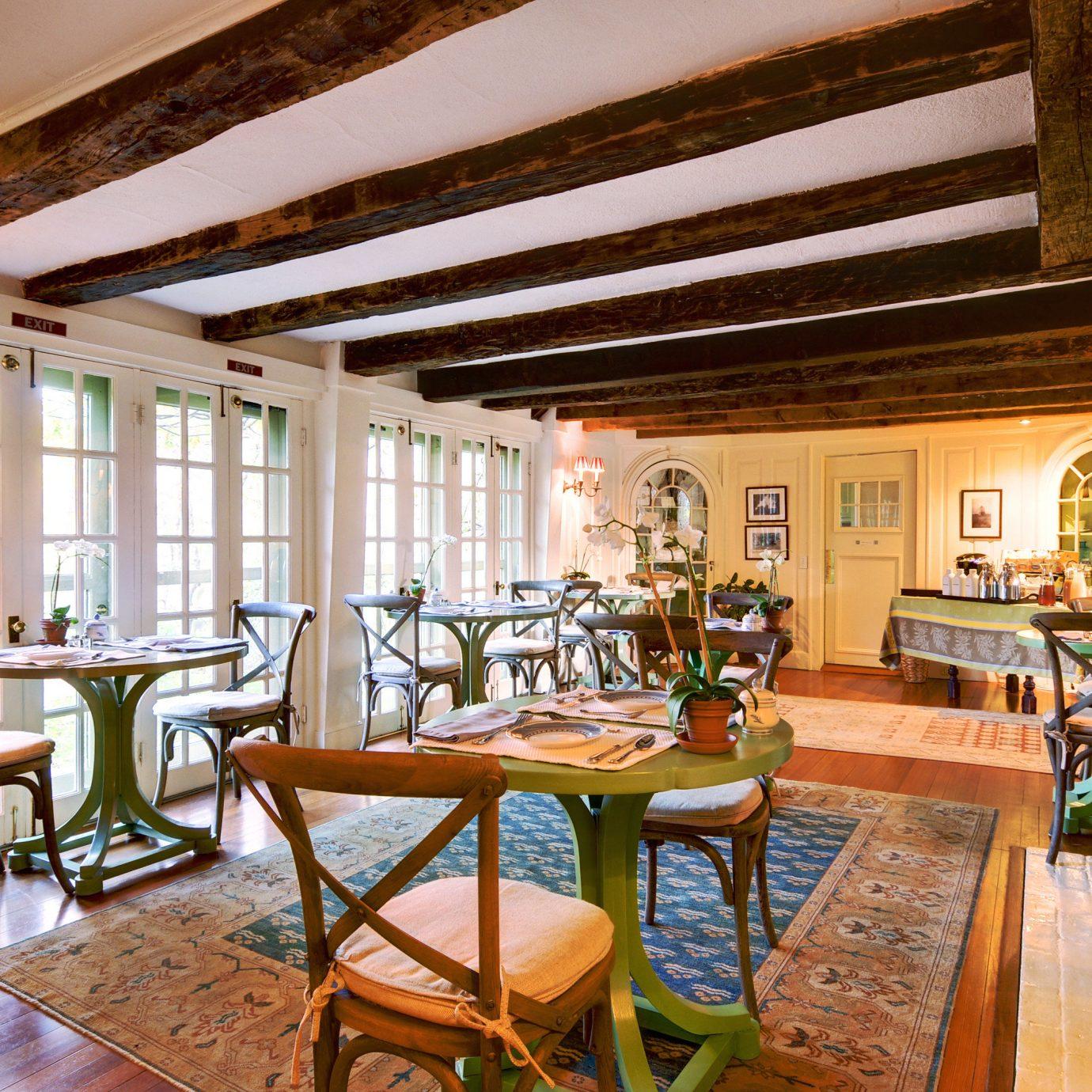 B&B Dining Eat Elegant Historic Inn Romantic Wellness chair property Resort home living room restaurant cottage Villa mansion farmhouse Lobby recreation room