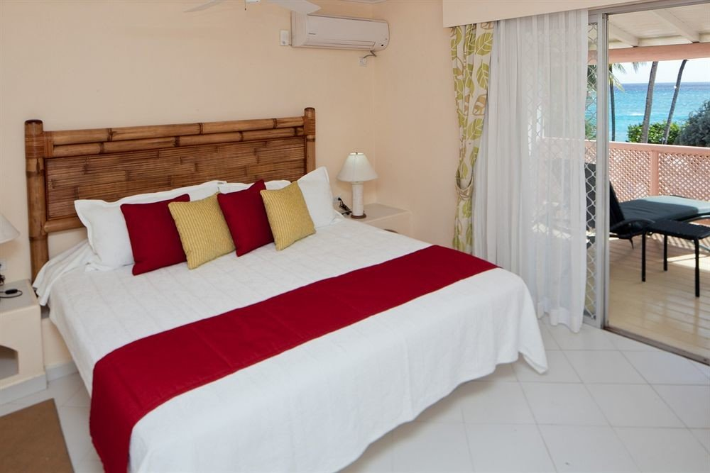 Balcony Bedroom Hip Luxury Modern Scenic views Suite property red cottage Villa bed sheet