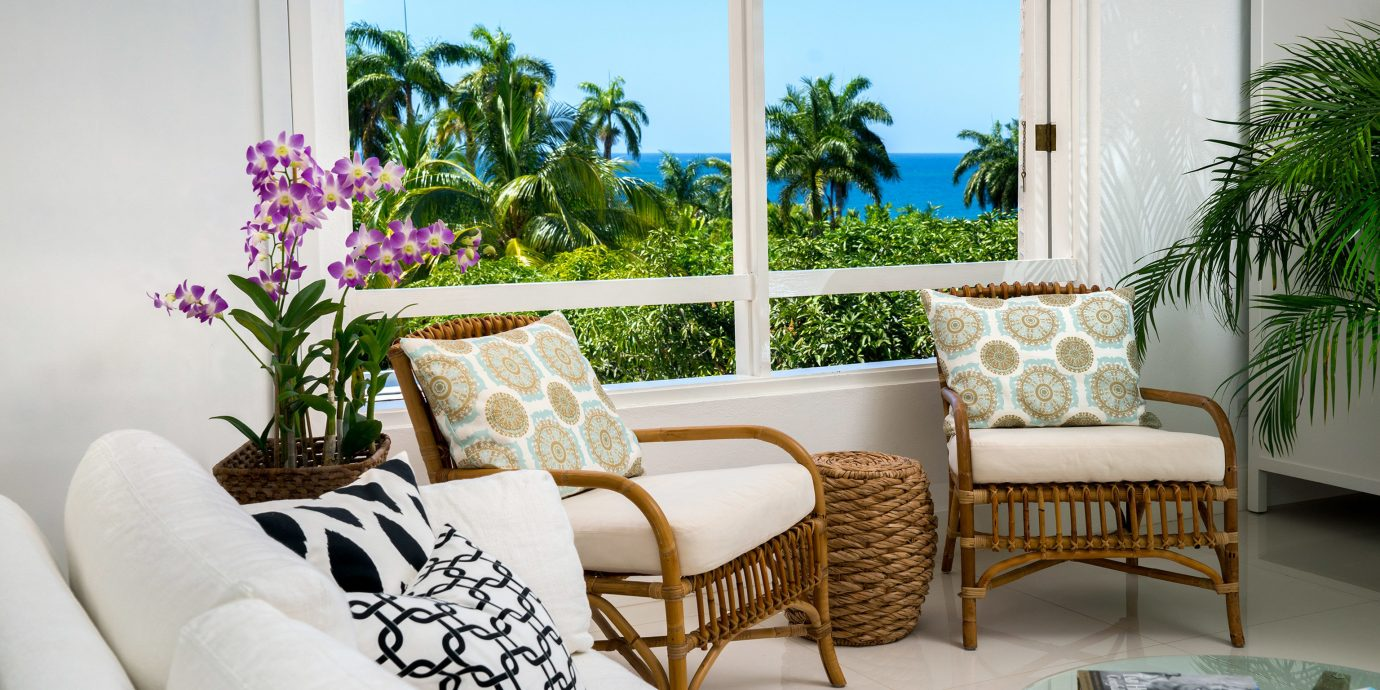 Hotels Luxury Ocean property living room home condominium Villa Balcony cottage plant Suite dining table