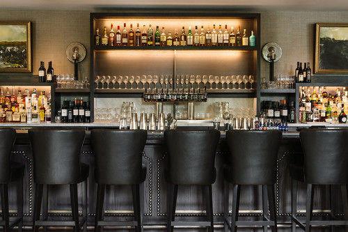 Bar restaurant brewery