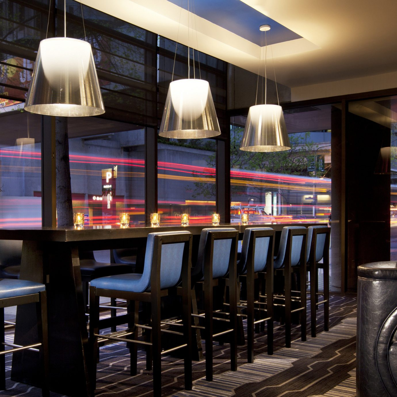 chair Bar restaurant café dining table