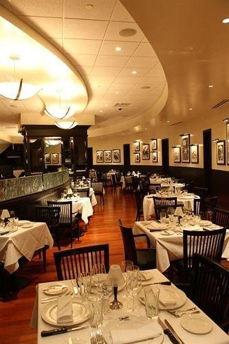 restaurant Dining café function hall Bar Lobby set