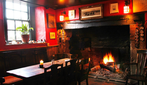 fire Fireplace building restaurant hearth oven Bar café stone cooking