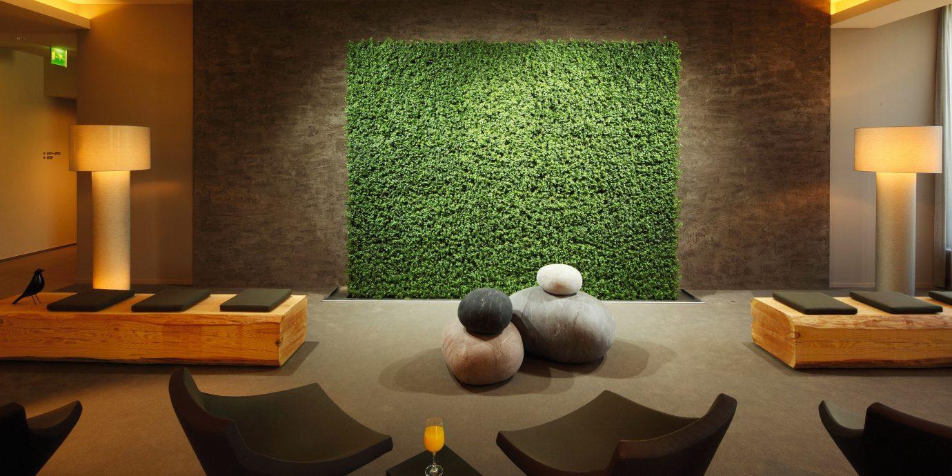 Bar Golf Lobby Lounge Modern recreation room living room lighting Suite