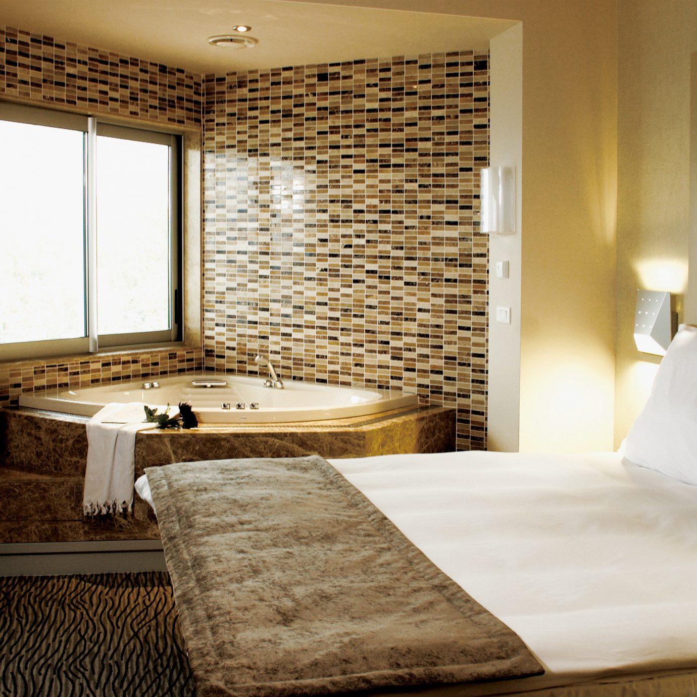 Bath Bedroom Modern Resort property Suite cottage