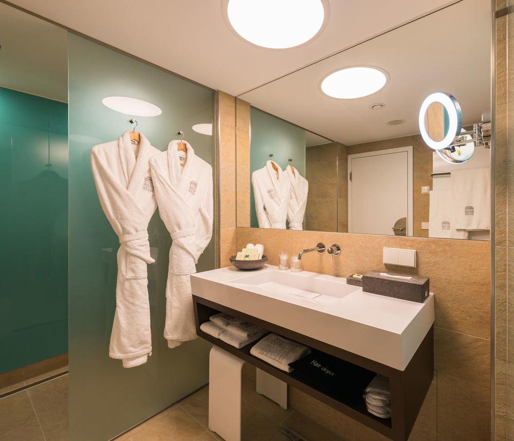 bathroom mirror sink hospital clinic receptionist medical professional