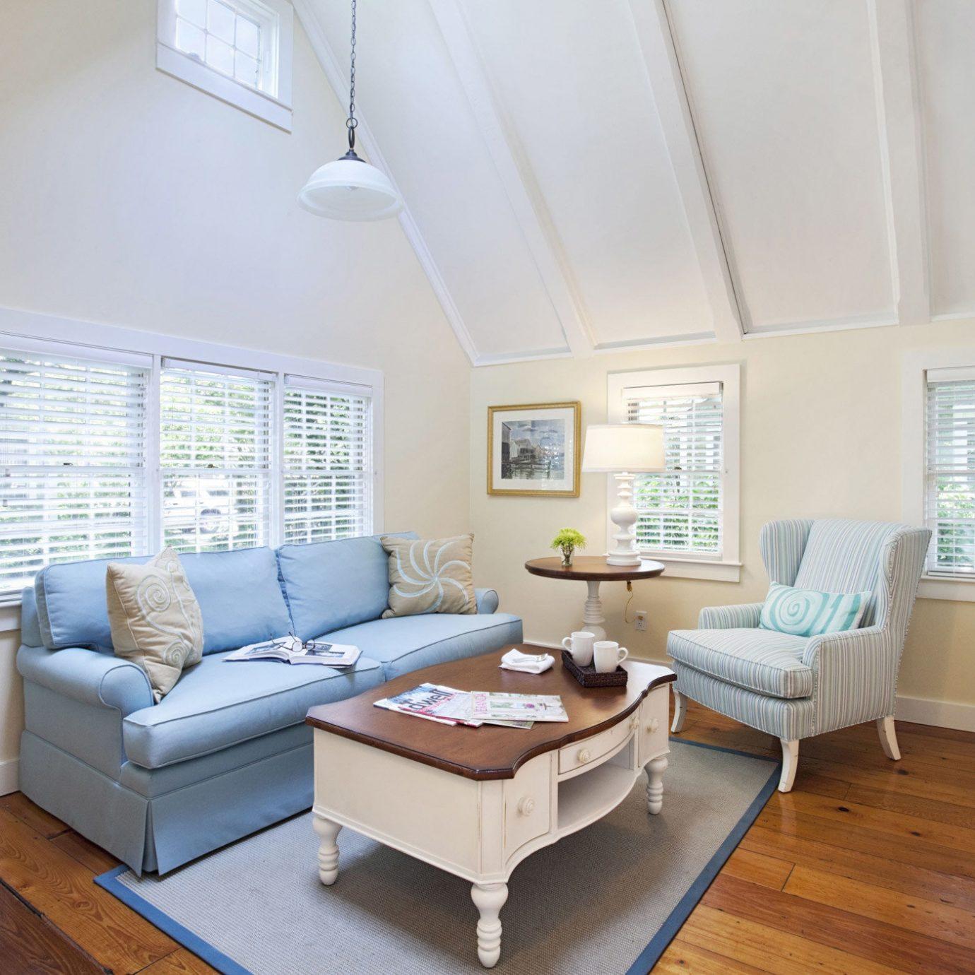 property living room Bedroom home hardwood cottage bed frame flooring