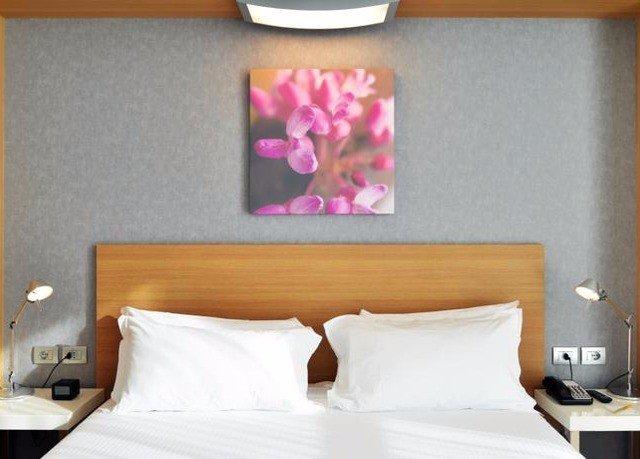 Bedroom pillow bed sheet
