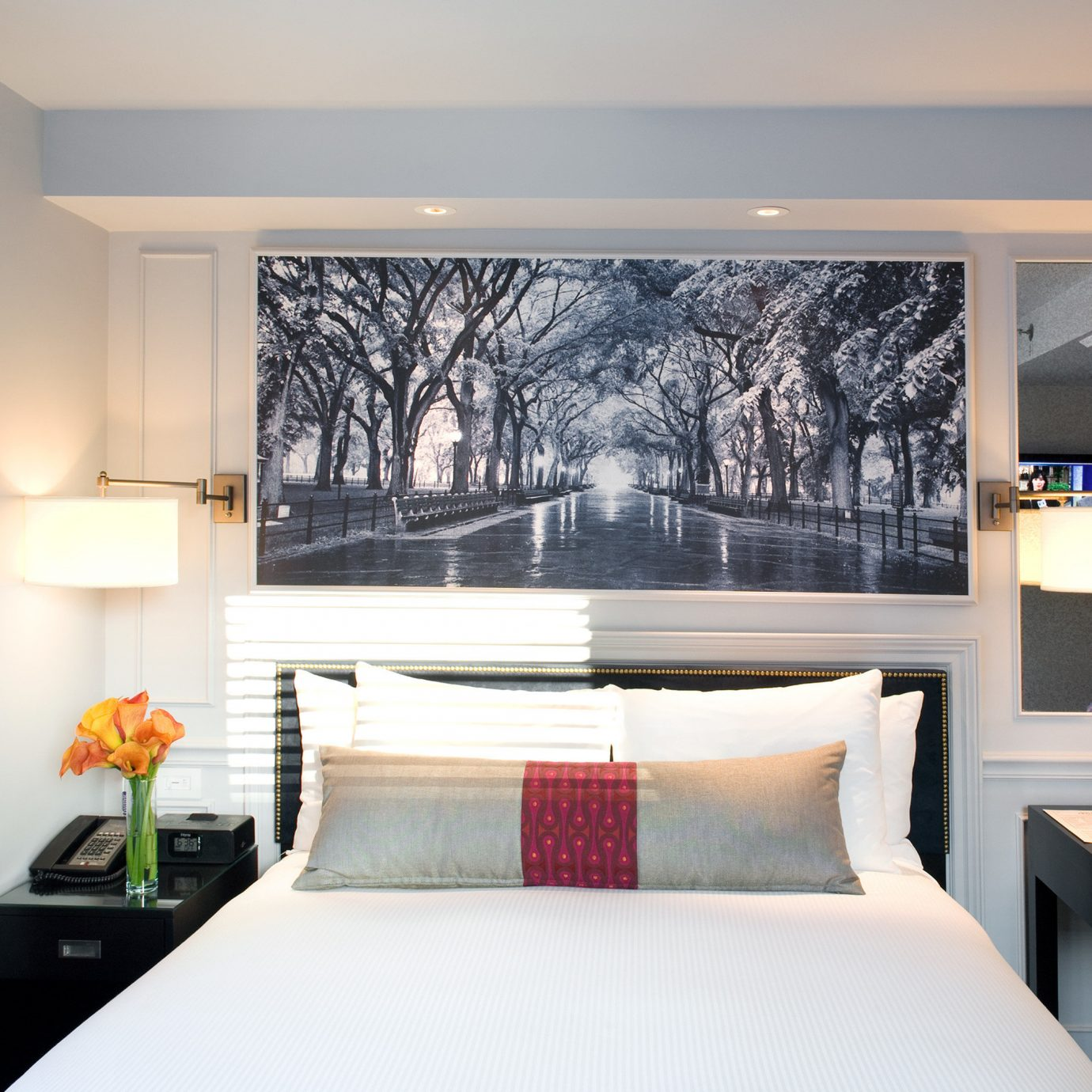 Bedroom Boutique City Modern property living room home white Suite flat