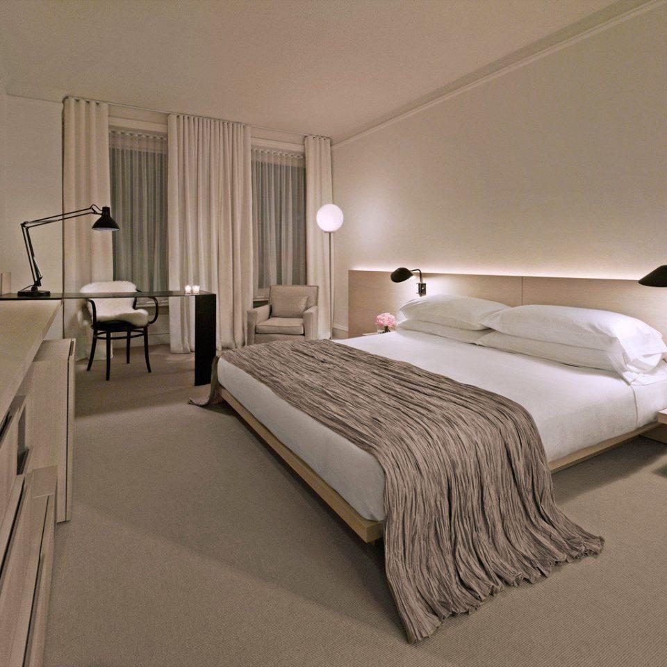 Bedroom Boutique Historic Hotels Modern Trip Ideas property Suite bed frame bed sheet cottage
