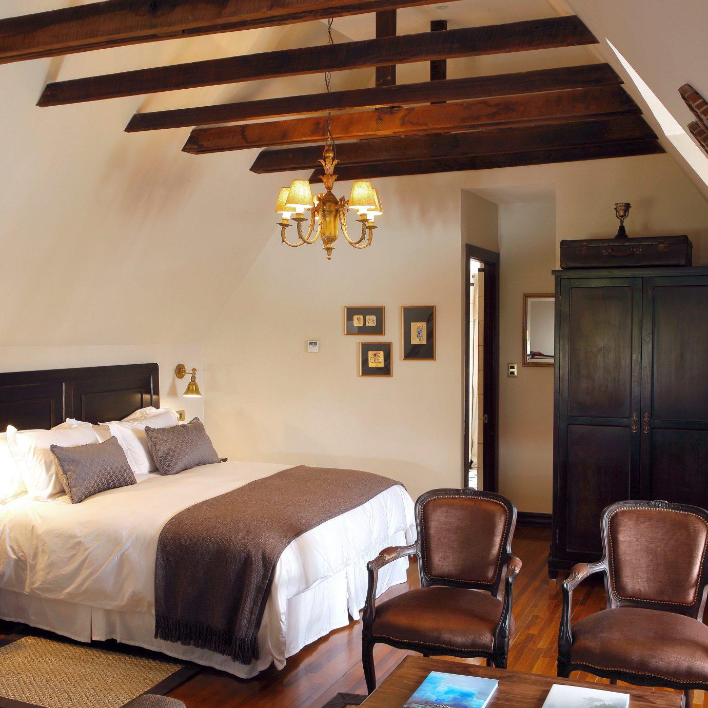 Bedroom Boutique Modern property living room cottage hardwood home Villa Suite farmhouse loft