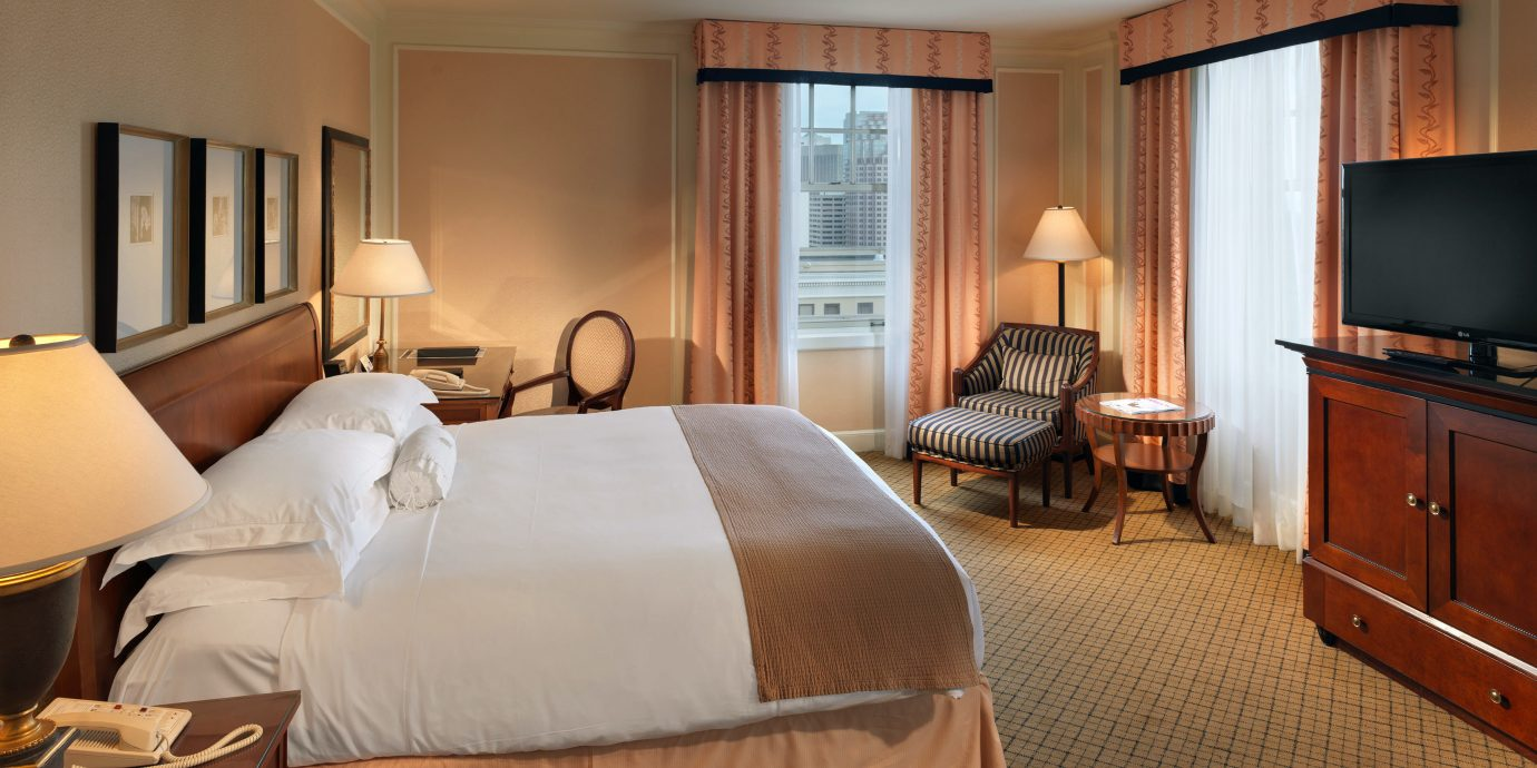 Bedroom City Classic Resort property Suite hardwood cottage bed sheet