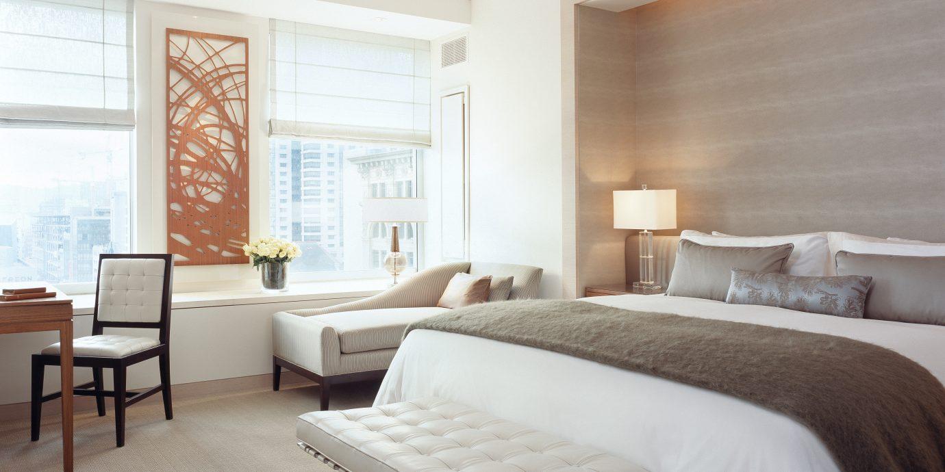 Bedroom City Elegant Modern Scenic views property desk living room home hardwood Suite cottage