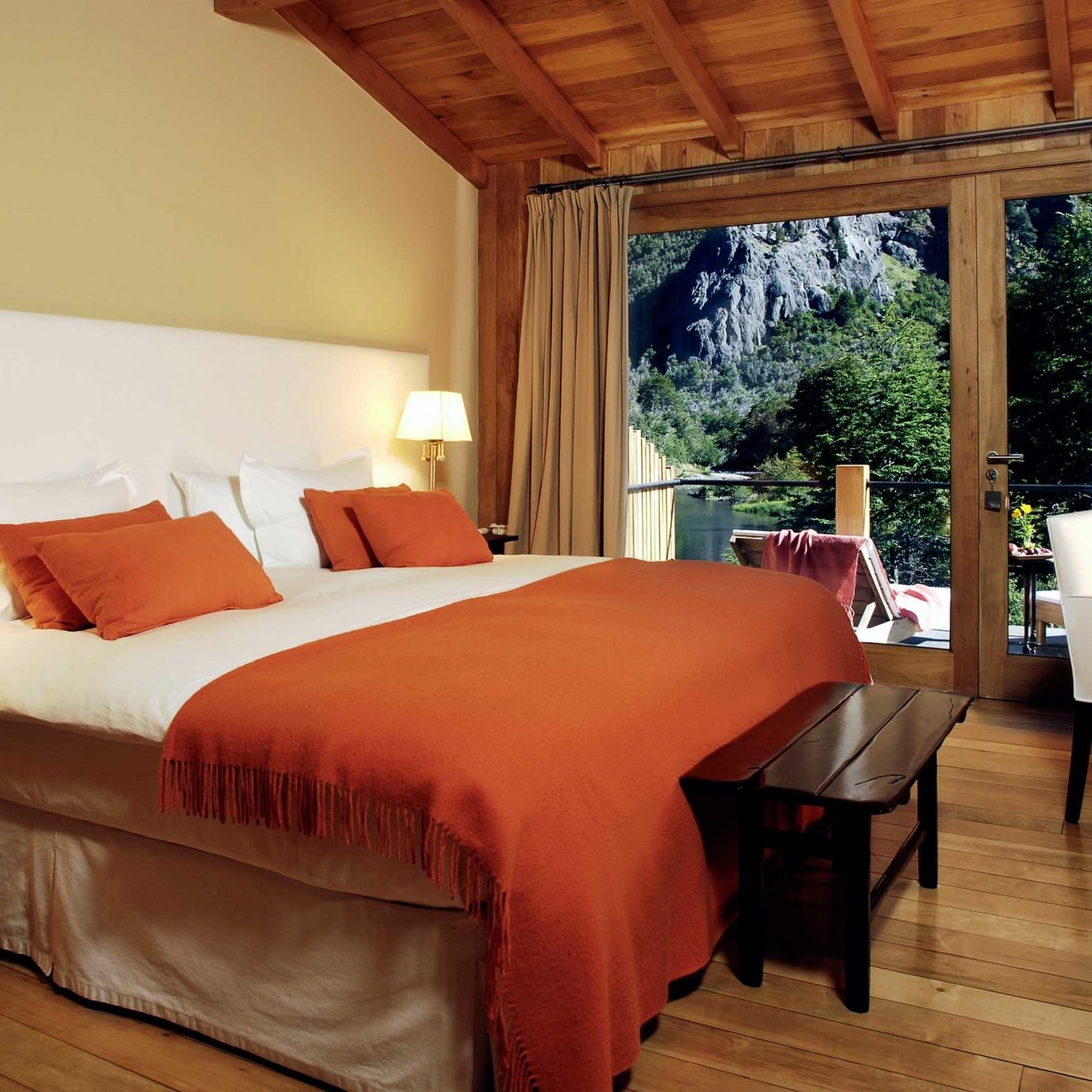 Bedroom Classic Country Eco Forest Mountains Nature Scenic views sofa property Suite cottage Villa Resort living room