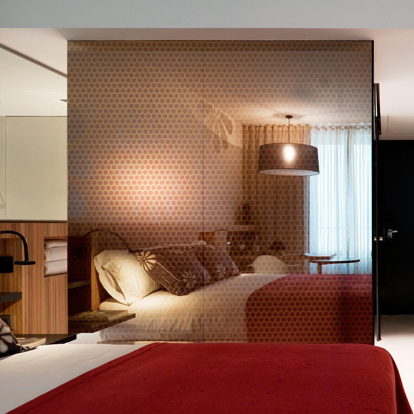 Bedroom Classic Eco sofa property Suite red living room condominium