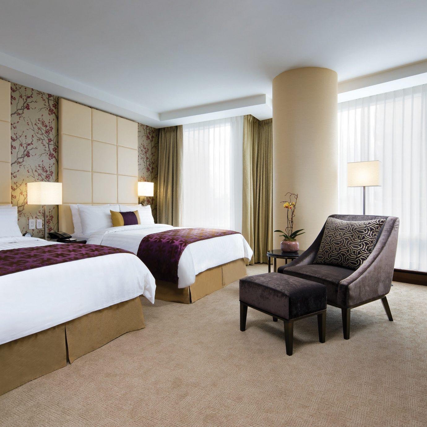 Bedroom Classic Luxury property desk Suite condominium living room cottage Villa